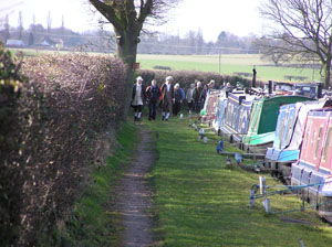 Walkers along LCC Moorings